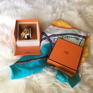 Authentic: Hermes Kelly Watch Black and Gold